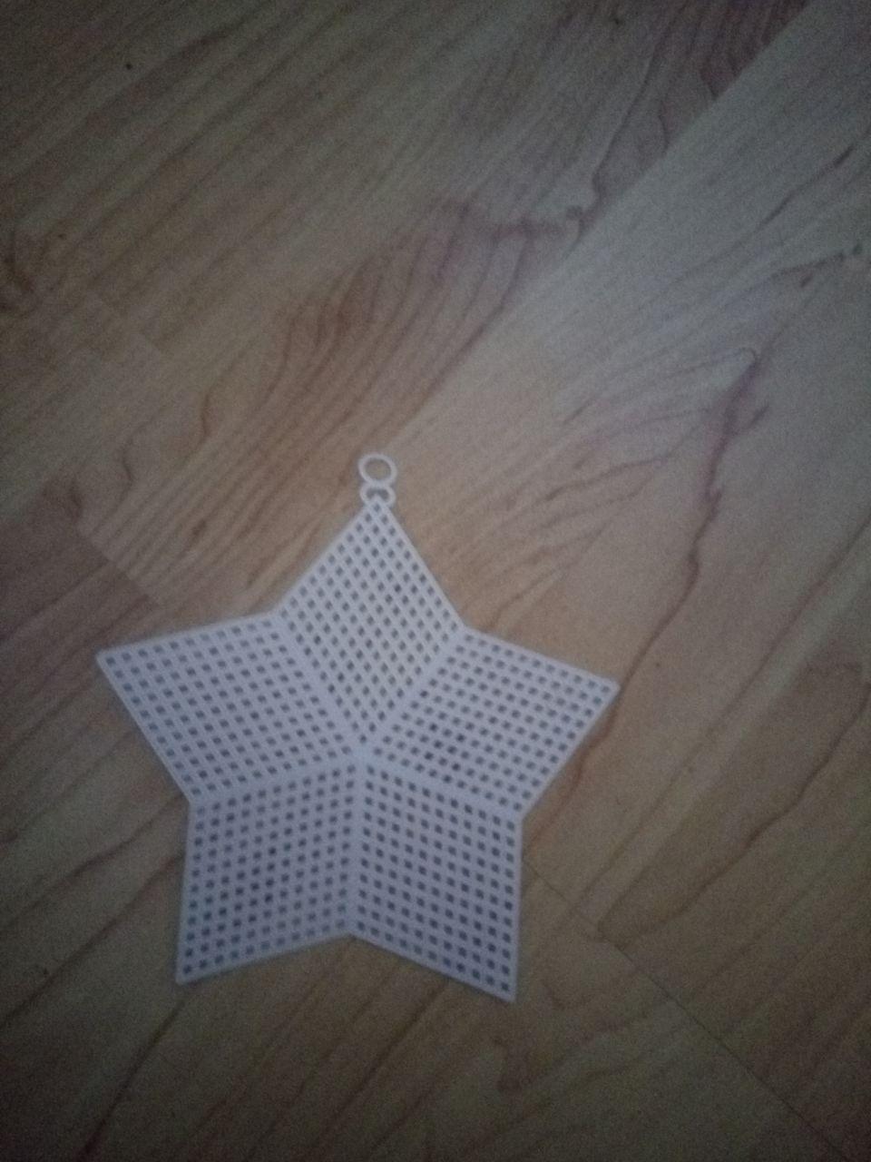 Csillag alakú plasztik